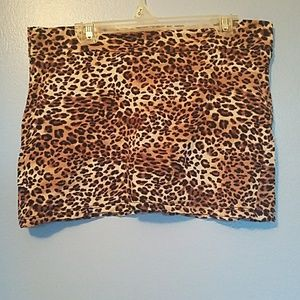 Wet Seal bodycon style cheetah print skirt